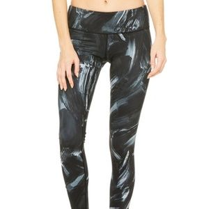 Alo Yoga Airbrush Grey & Black Paint Leggings XS